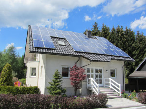 Napelem ami ellátja a házunk energia szükségletét